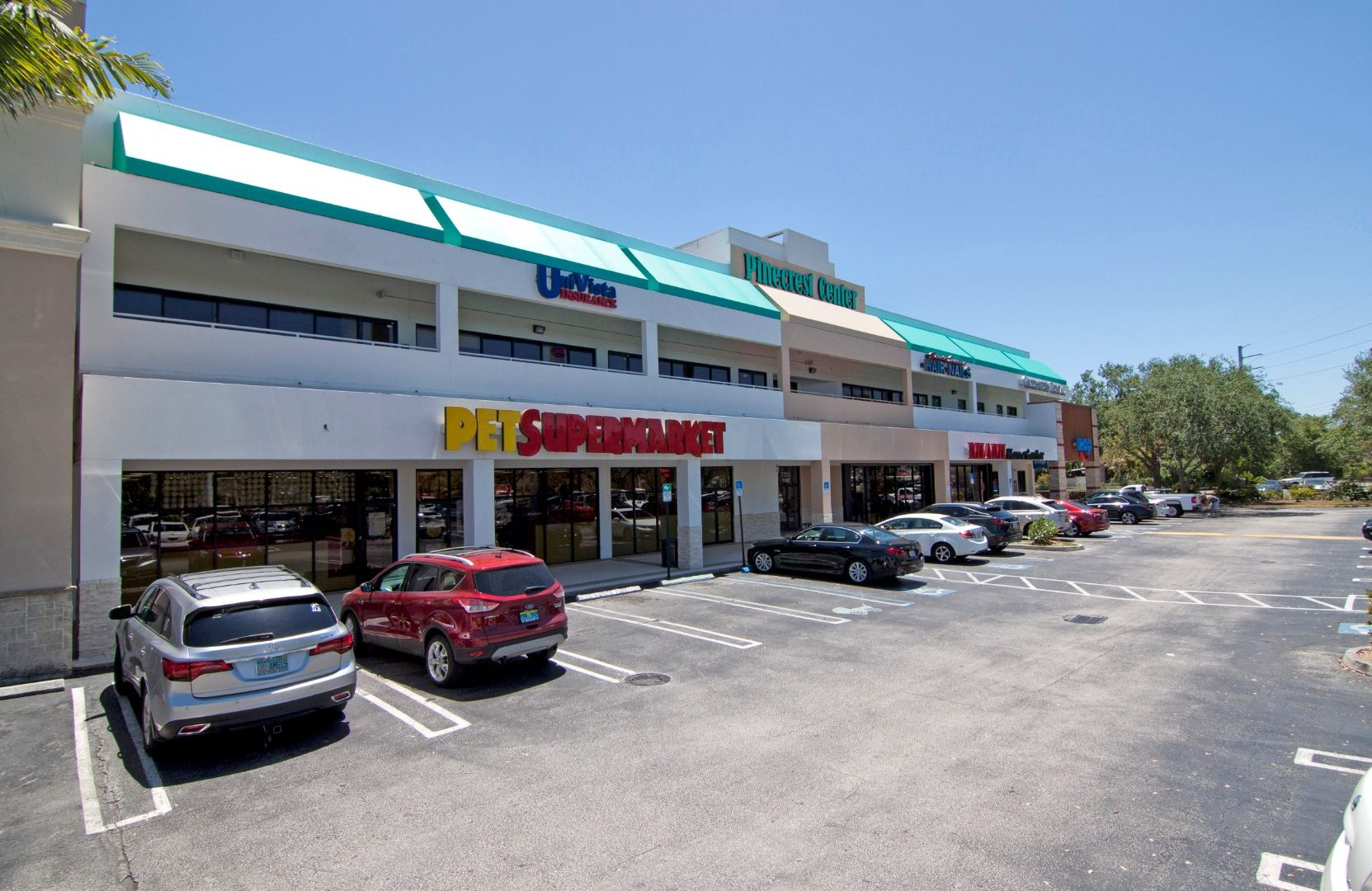 MMG Equity Partners Acquires Pinecrest Center in Pinecrest, FL