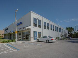 Pinecrest Retail